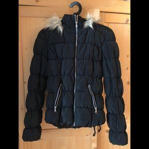 H&M black puffy jacket